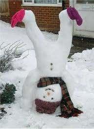 Vous voulez construire un bonhomme de neige ? Nouvelle activité : fiche de tatouage et autres bas amusants