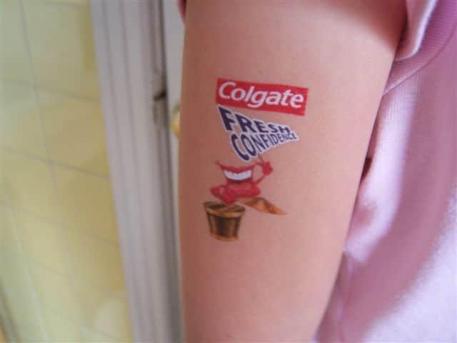Vive les tatouages temporaires pour enfant!