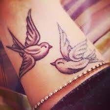 La vision d'un artiste se traduit par des tatouages temporaires